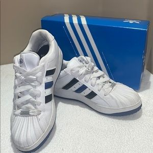 Men's Adidas original sneakers